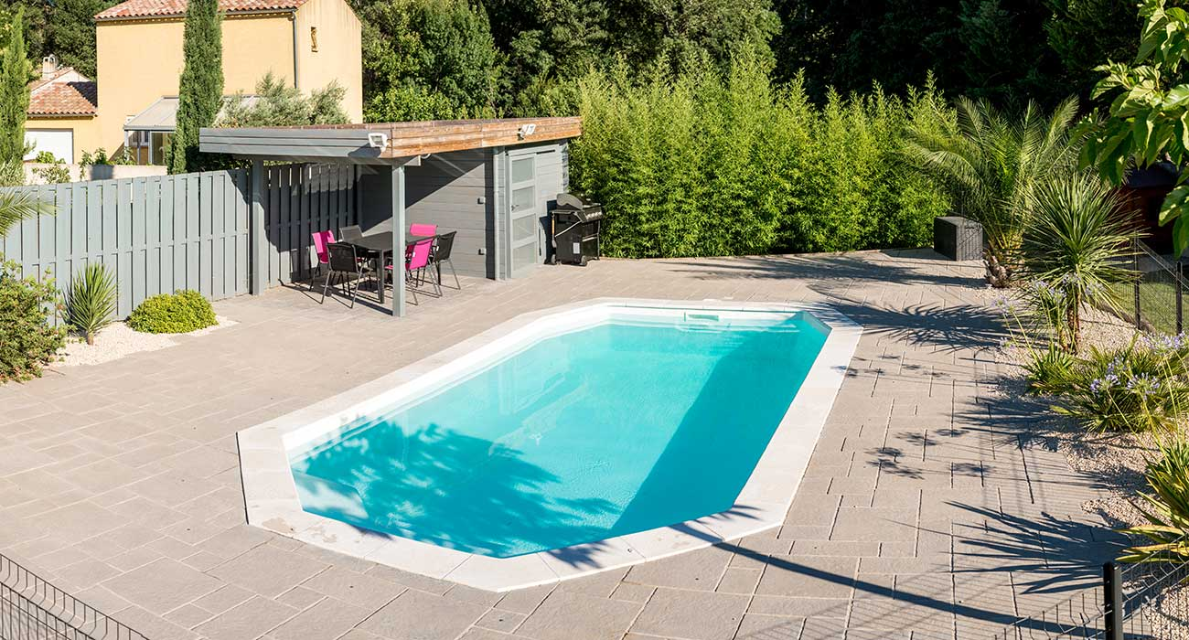 Amenagement abord piscine id es de for Amenagement piscine